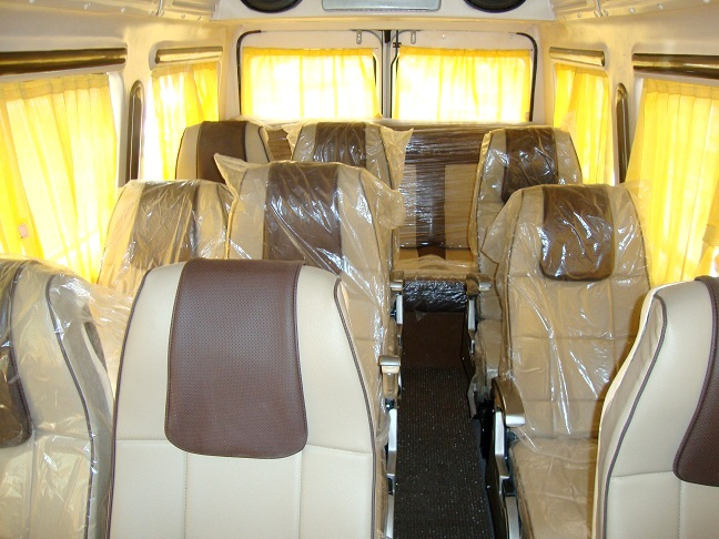 14 Seater Tempo Traveller Van Hire India, Minivan Rental ...