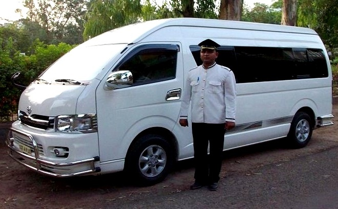 bus hire delhimini bus hire delhivolvo bus hire delhimercedes bus hire india