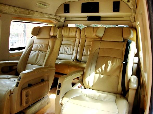 toyota hiace mini van hire delhi 10 seater toyota van rental india. Black Bedroom Furniture Sets. Home Design Ideas